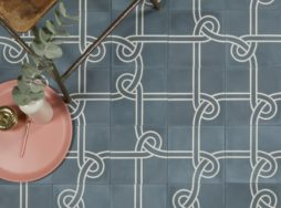 Knot Pattern Tile