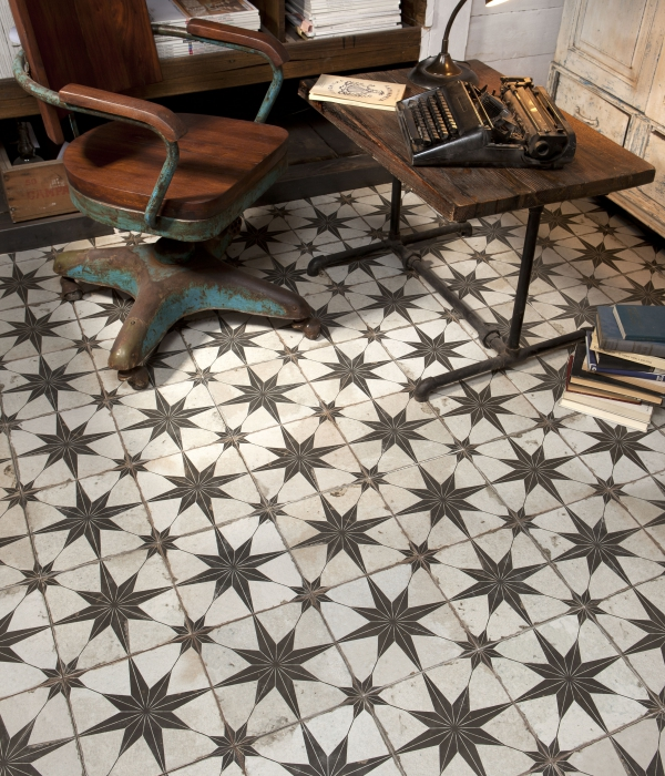 Spitalfields Retro Star Pattern Ca Pietra